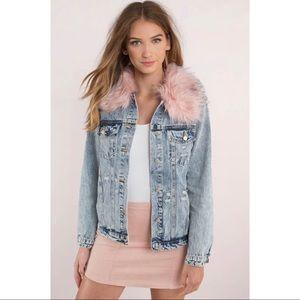 Jackets & Blazers - 🆕 Light Wash Distressed Fur Trim Denim Jacket